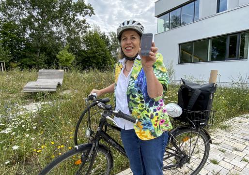 Klimaschutzmanagerin Heiderose Ernst lädt zum Stadtradeln ein. Mit einer App werden alle Daten leicht erfasst.